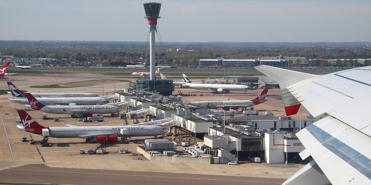 فرودگاه لندن