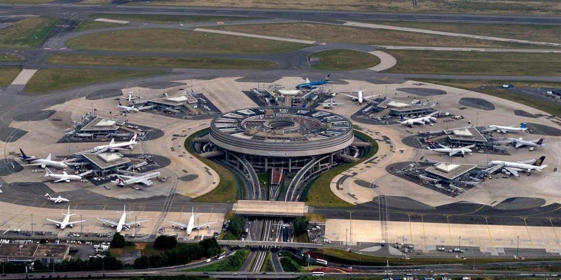 فرودگاه پاریس
